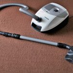 Which is The Better Vacuum Cleaners: Upright or Canister?